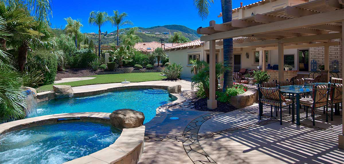 Murrieta Pool Service And Cleaning Corts Pools