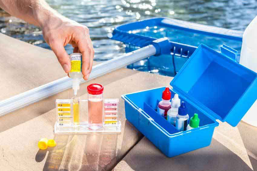 Chemical pool service Murrieta
